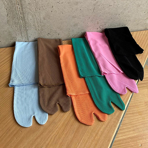 tabi simple long socks (6 colors)