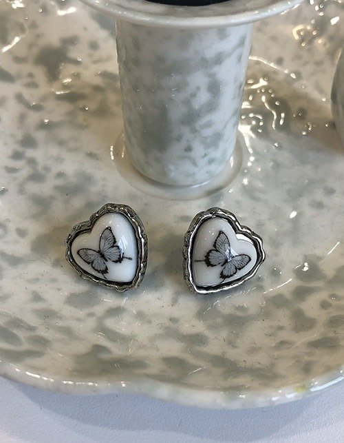 kitsch heart butterfly earring
