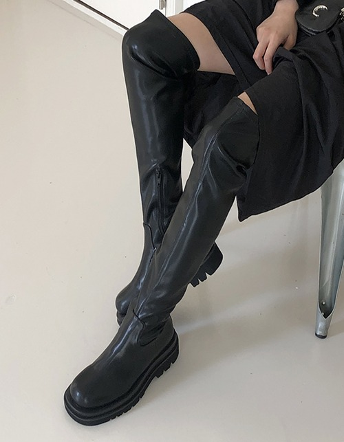 soft long boots (6 sizes)