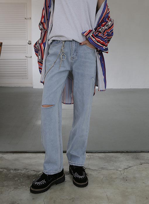 two cuts off denim pants