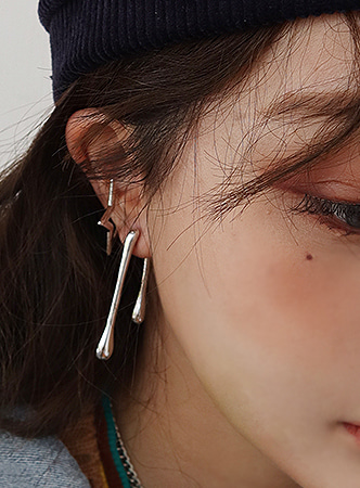 melting stick silver earring