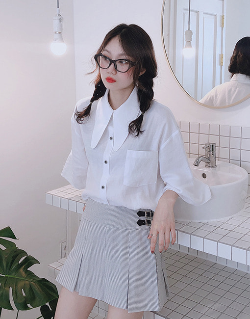 Collar point crop shirt (white only!)