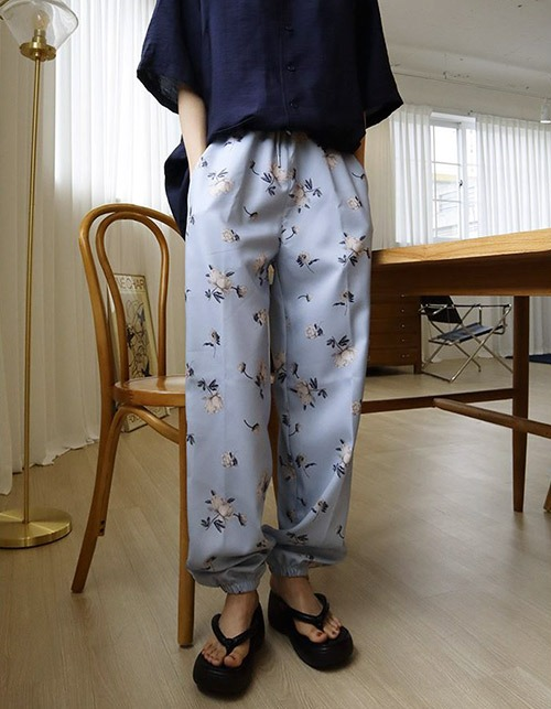 flower jogger pants(2 colors)