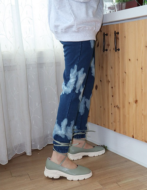 washing cloud  jogger pants