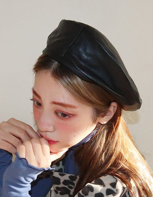leather round beret (4 colors)