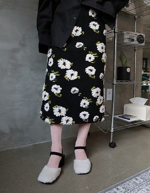 flower knitting long skirt (2 colors)