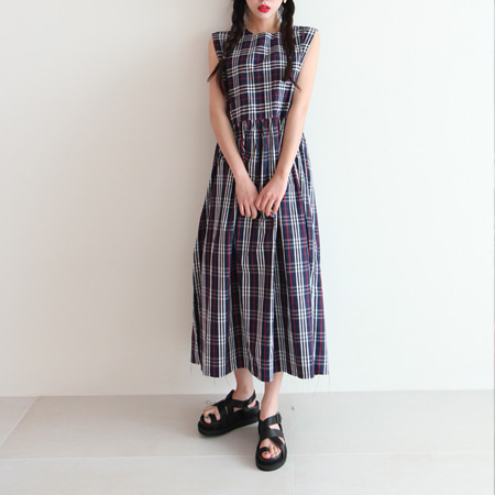 classic check wide dress (beige only)